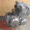 ゼファー400 エンジン